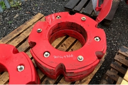 Red weight on pallet