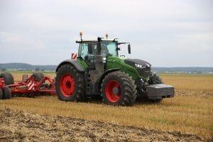 Fendt 1000 tractor