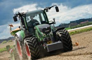 Fendt 500 tractor